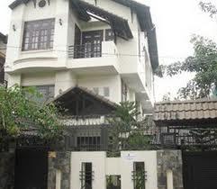 Cho thuê biệt thự quận 2 đường Nguyễn Văn Hưởng